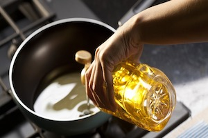 Cooking with oil